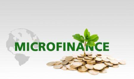 حول توقيع اتفاقية بين الاكادمية و وزارة المالية تتعلق بالتصرف في برنامج تكوين مستمر لفائدة قطاع التمويل الصغير